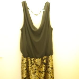GOLD AND BLACK CASUAL DRESS